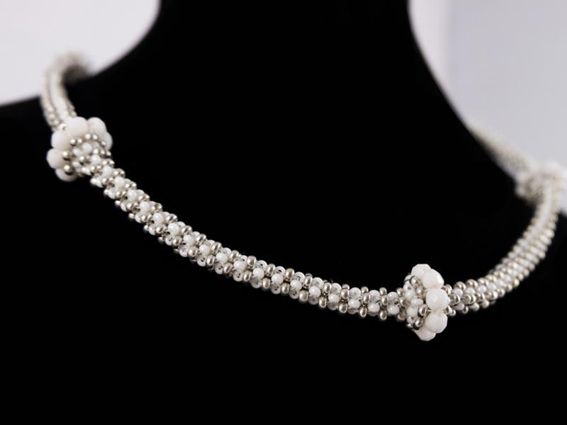 """""""Weiße Perle"""" Halskette 2"""