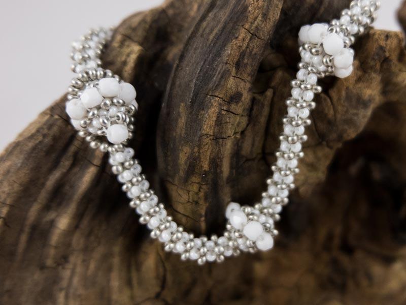 """Weiße Perle"" Armband"